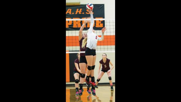 Panther Blakely Verke at the net.
