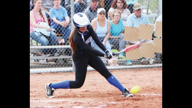 Renegade center fielder Maisey Sheppard at bat.